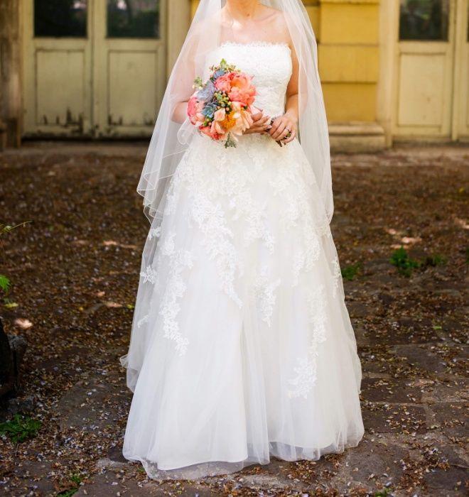 Булчинска рокля, la sposa