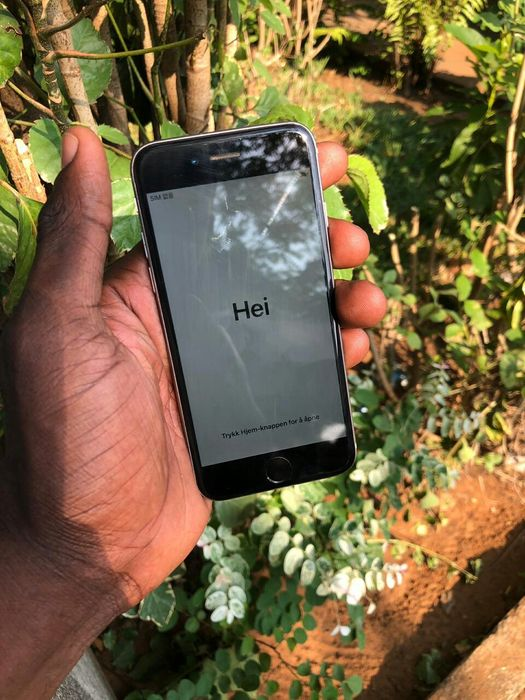 iPhone 6 locked ID para aproveitar LCD base e bateria tudo clean