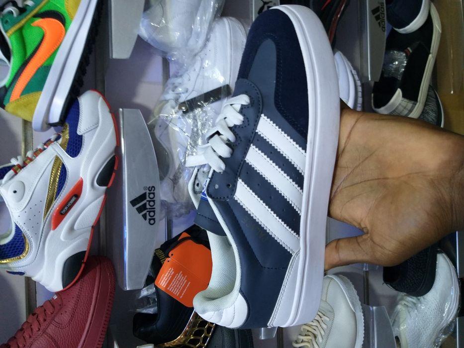 Adidas Ténis.