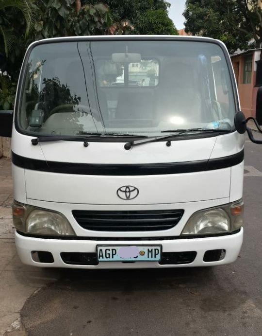 Toyota Dyna...our.5.3
