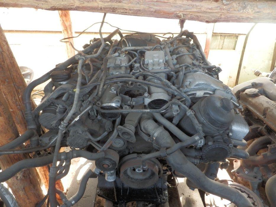 Двигател за Мерцедес Е 400 цди 260 кс. На части.