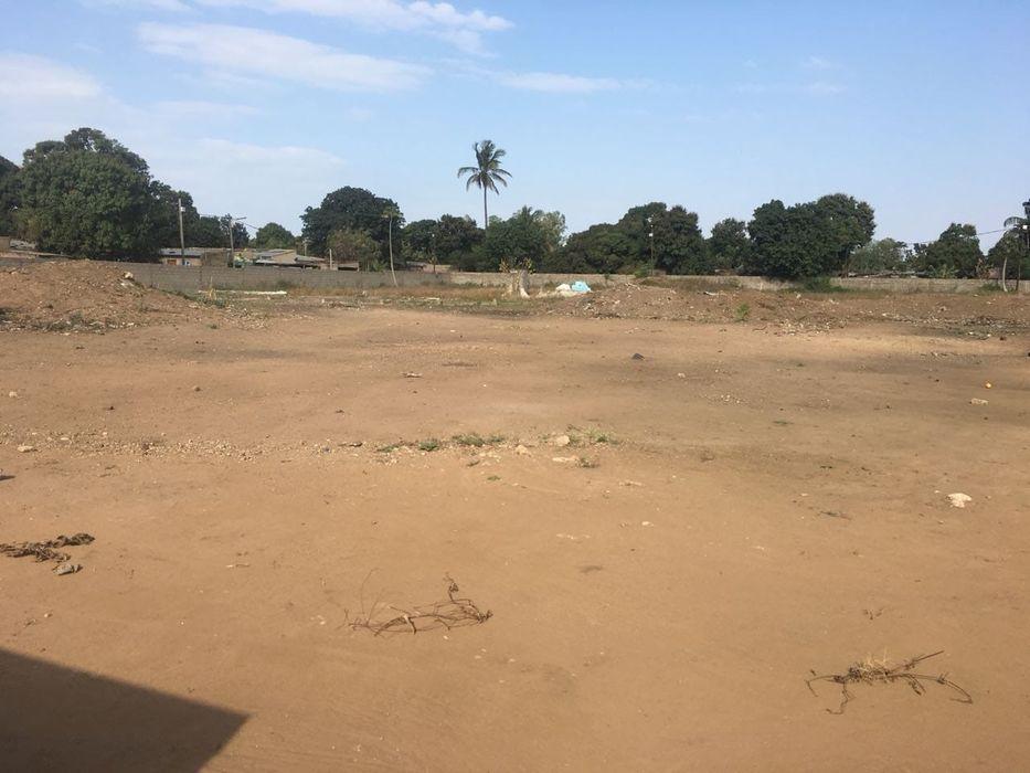 15.000 m² ao longo da Av. de Moçambique, mesmo na estrada   No Zimpeto