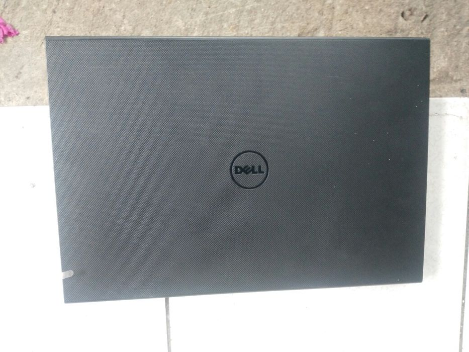 Laptop.dell corei5 256ssd 8gb