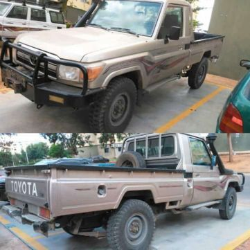 Toyota Land Cruiser cabine simples
