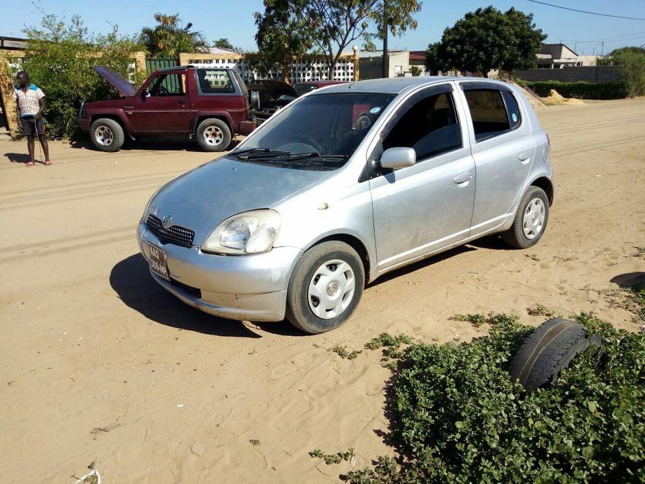Vendo Toyota Vitz clean