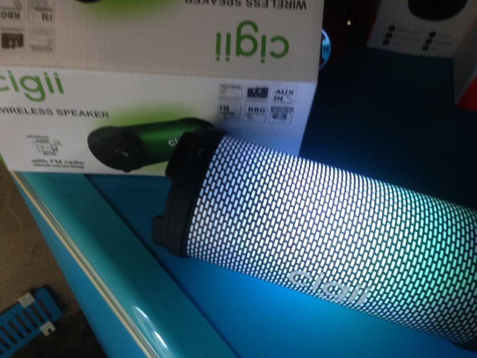 Vendo Bluetooth Speker na caixa com muita qualidade