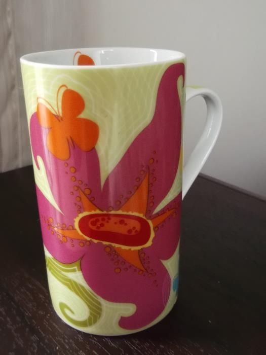 Нова коледна чаша за чай / мъг, цветя