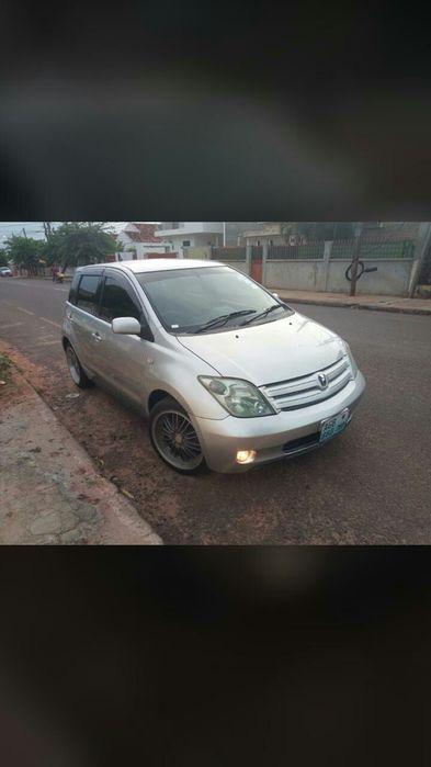 Vendo Toyota Ist Novo