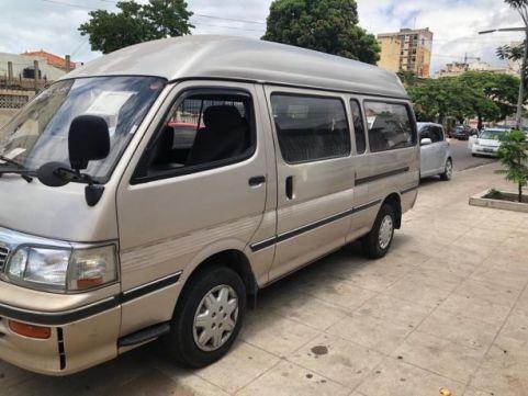 Toyota Mini Bus Corcunda 3L