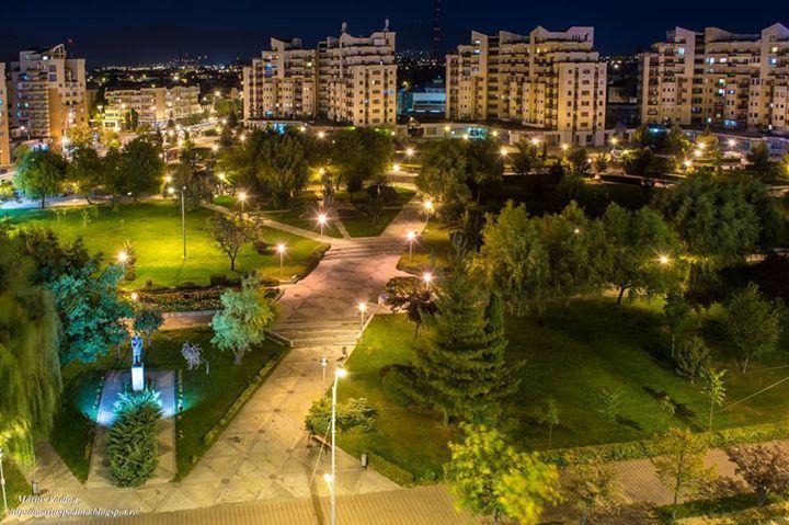 Regim hotelier apartamente in centru orasului de la 90 ron pe zi.