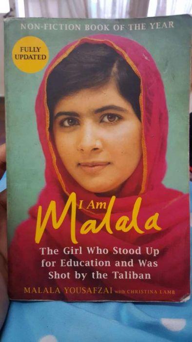 Avenda de livro : I am Malala