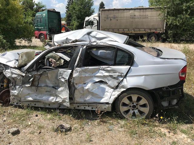 BMW E90 330 xd 231 кс 2007г автомобилът се продава НА ЧАСТИ