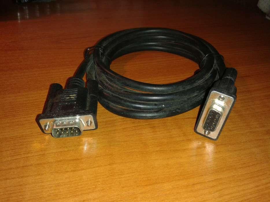 Cabluri diferite (3 buc) pentru conexiuni la PC si monitor. NOI !!