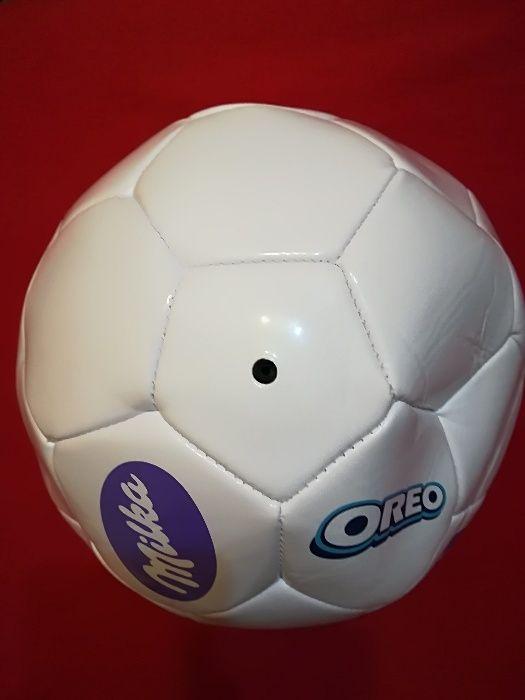 Продавам футболна топка Милка/Milka