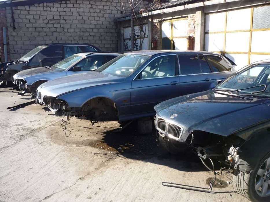 Dezmembrari Bmw & Service Timisoara Timisoara - imagine 6