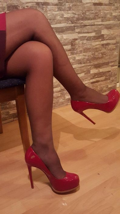 Kelsy Dagger Leather Shoes