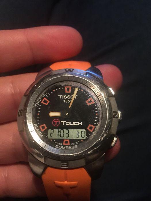 Продавам часовник,Tissot T-touch