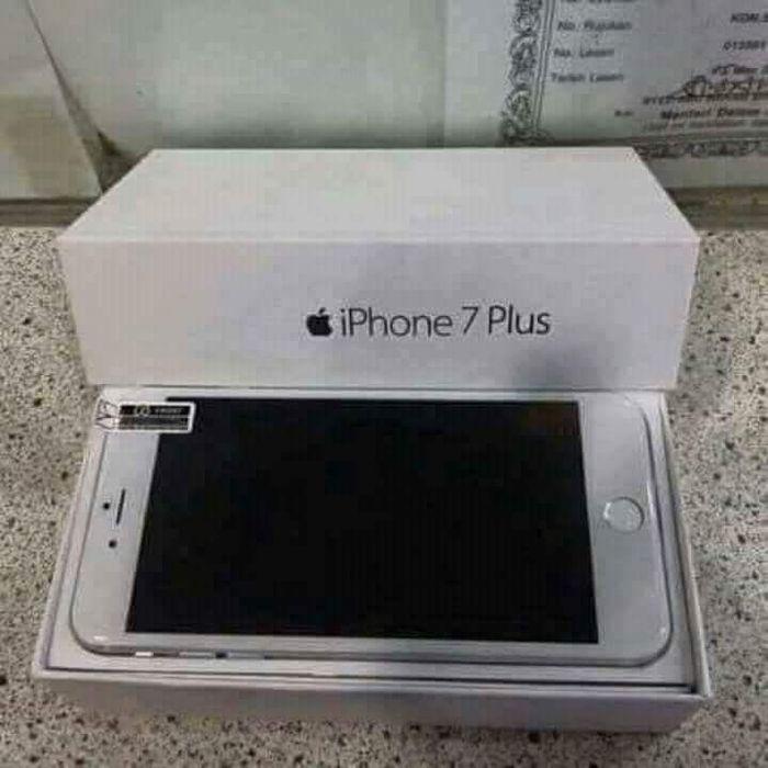 Iphone 7s plus á venda