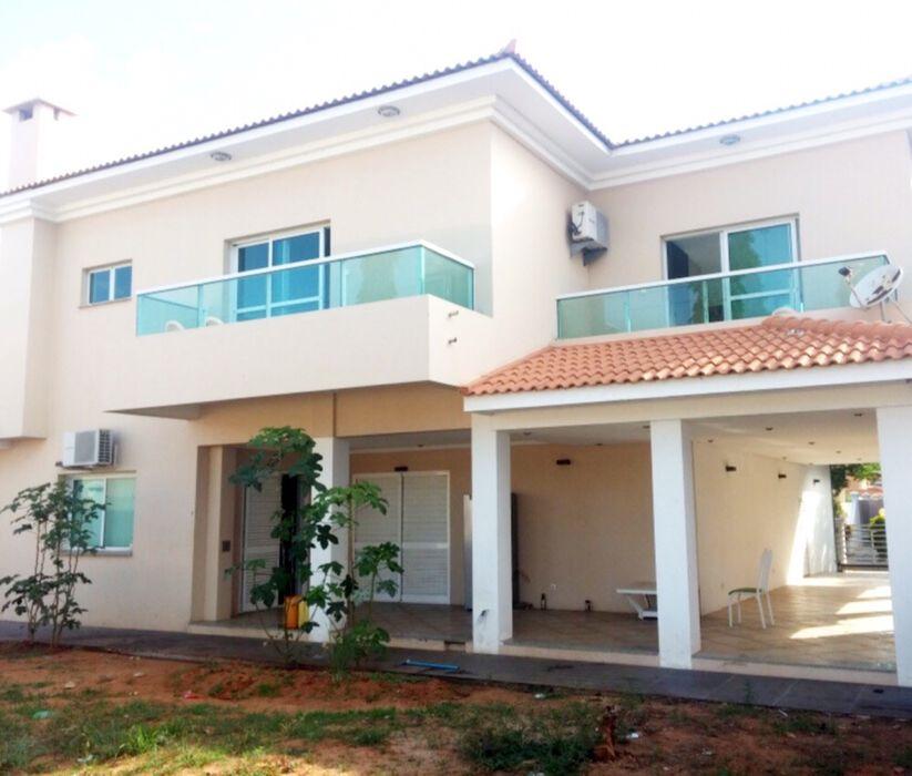 Vendemos Vivenda T4 Condomínio Vila Mar de Talatona