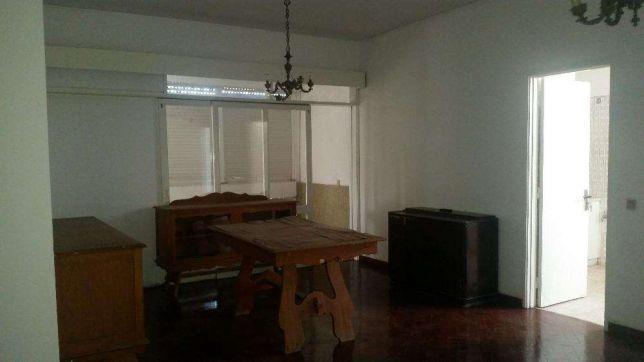 Espaçoso T3 na Vila Alice - no 2º andar - Ao lado do Edificio BENGO Vila Alice - imagem 3
