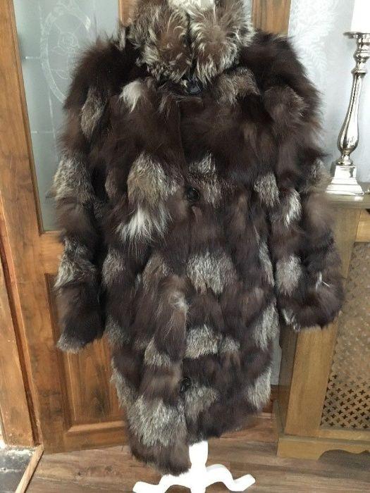 RAFINAMENT !Splendida si ampla ,haina din blana de vulpe.