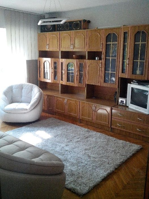 Ofer LA SCHIMB apartament decomandat 3 camere cf 0