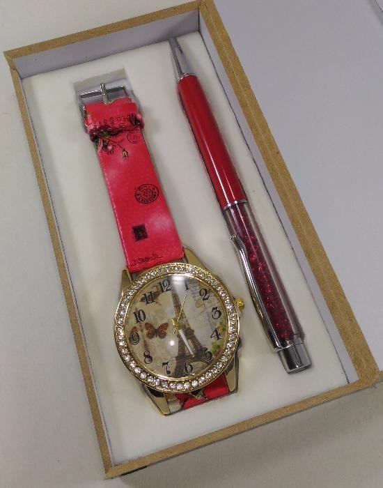 Set ceas și pix rosu, vintage cu tema Paris
