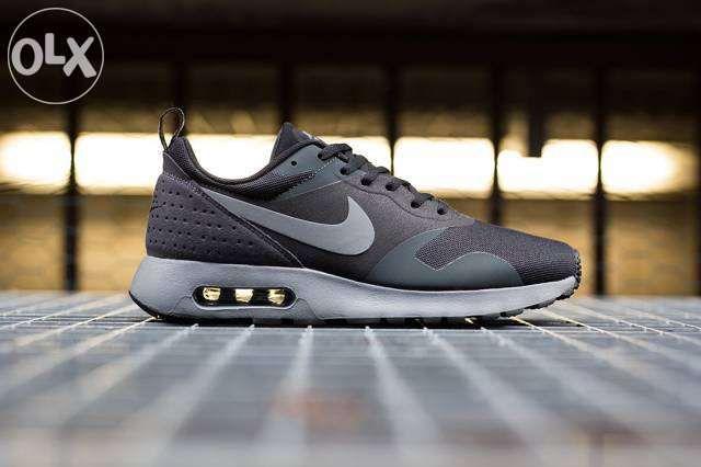 от 40 до 45 Nike Air max TAVAS black AND GRAY Оригинални Маратонки+кут
