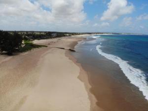 Terreno 50 x 100 em frente a praia de Linga Linga (Morrumbene-I'bane)