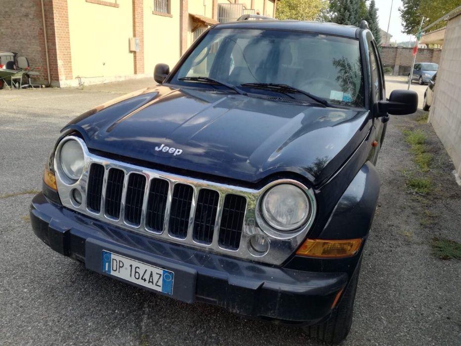 Jeep/2.8/avtomat/2008