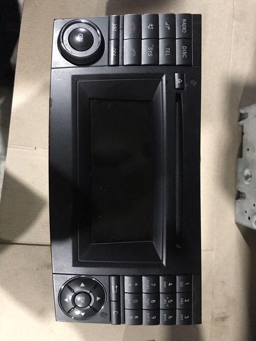 CD Player Mercedes E Class W211 A2118705894