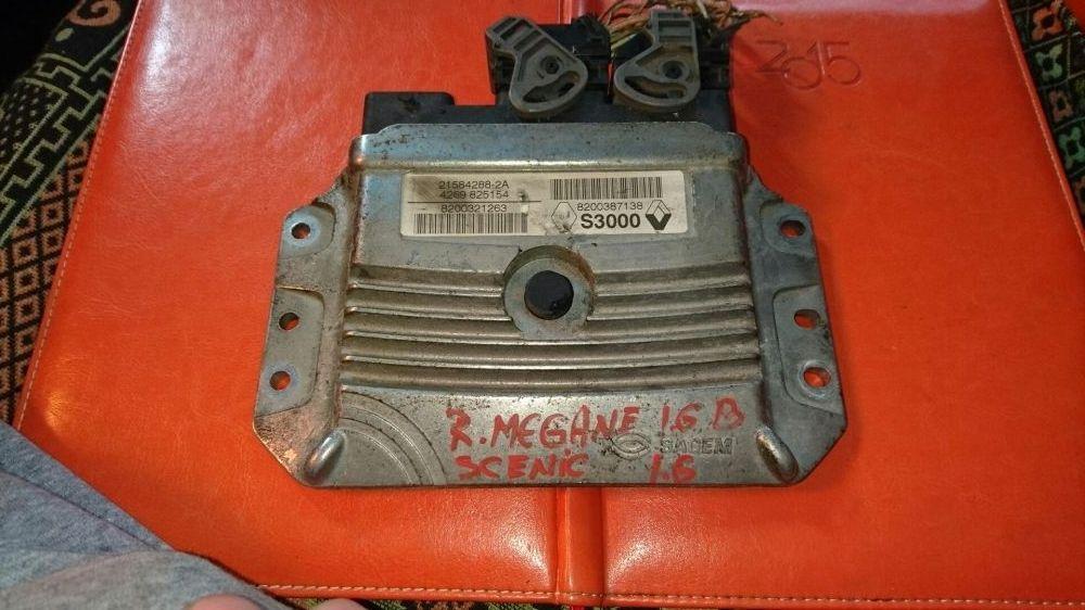 Calculator motor ecu Renault megane scenic 2 II 1.6 benzina
