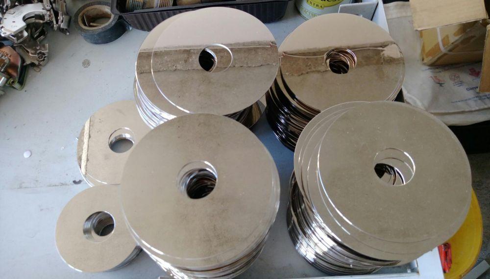 """400 discuri """"platinum and palladium disk"""" scoase din harddisk-uri"""