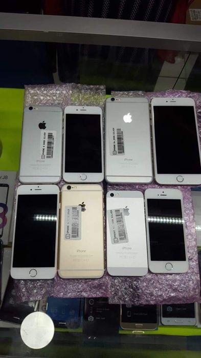iPhones novos fora da caixa