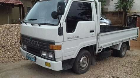 Toyota dyna motor 3l