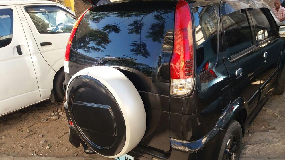 Toyota Cami limpo