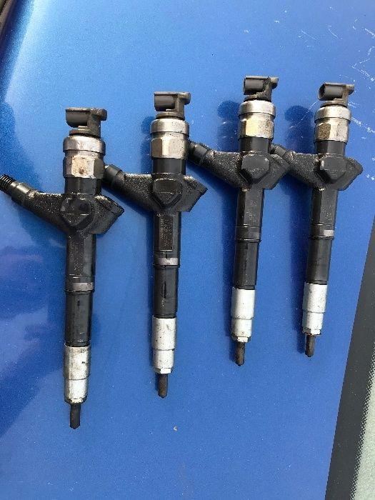 Injector Nissan Navara / Pathfinder injectoare 2.5