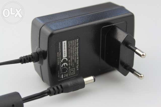 Transformator alimentator incarcator 12 V DC 1.5 A FM120015-EU24