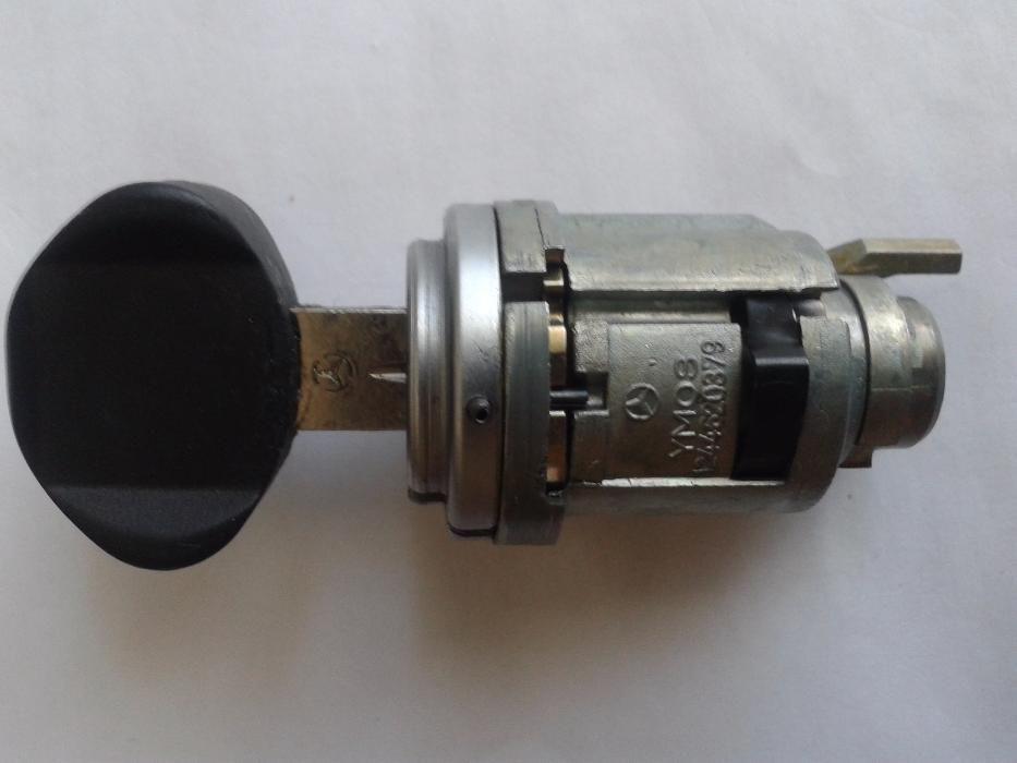 продам сердцевину замка зажигания на мерседес кузов 124 с ключом