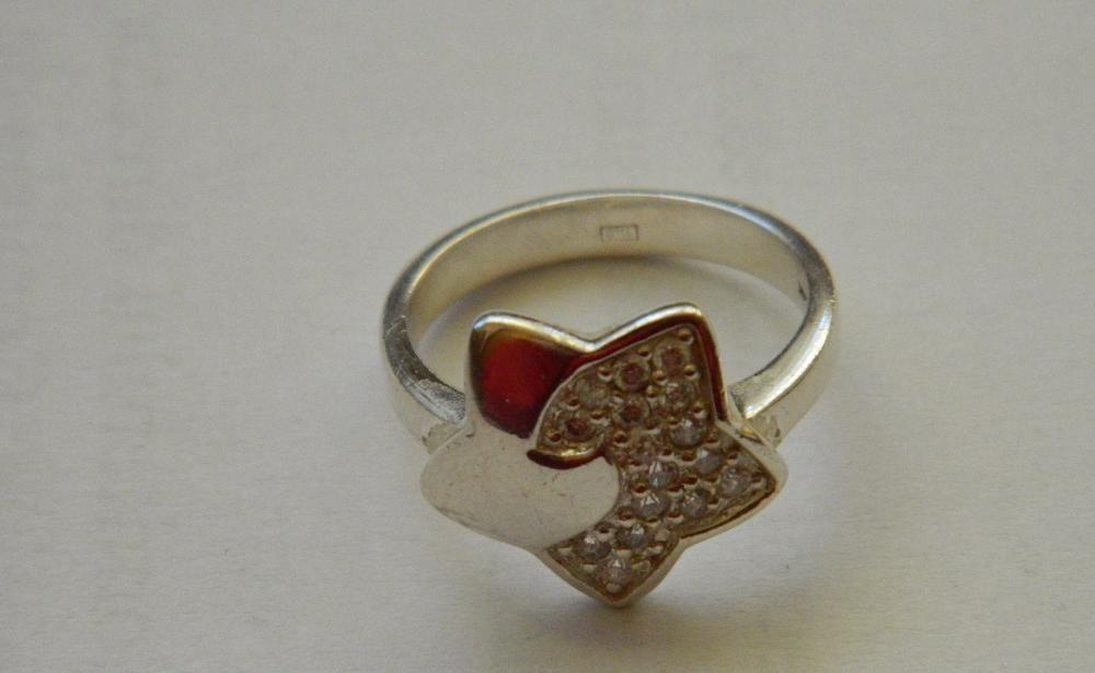 R50,inel argint 925,nou/marcat, masiv, stea mare cu zircon alb