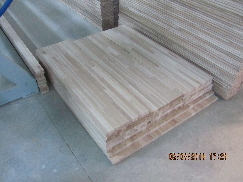 Trepte din lemn de FAG
