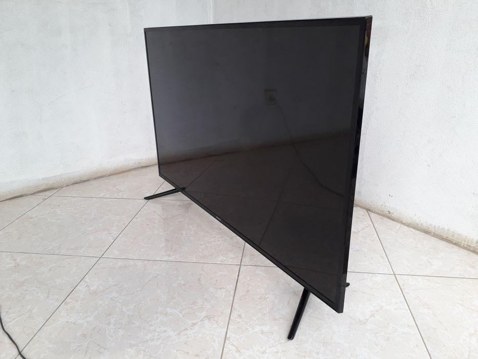"Samsung 48"" SMART 4k"