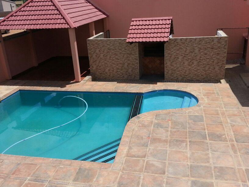 Arrendo tip4 na cmc com piscina