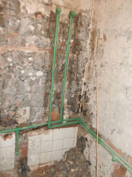 Instalação de canalização de água fria, e água quente
