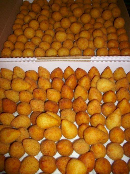 Pasteis | Ressois | Pipocas | Algodão doce | Gelados e muito mais...