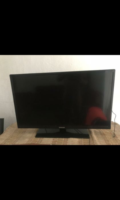 "LG led 3D 43"" sem base 17mil Samsung LED Tv 40"" 15mil Model 40EH5000"