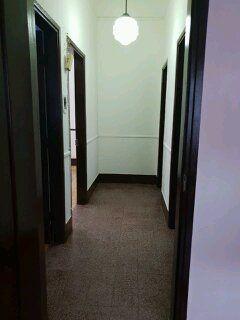 Arrenda se um apartamento tipo 2 num r/c no bairro Central