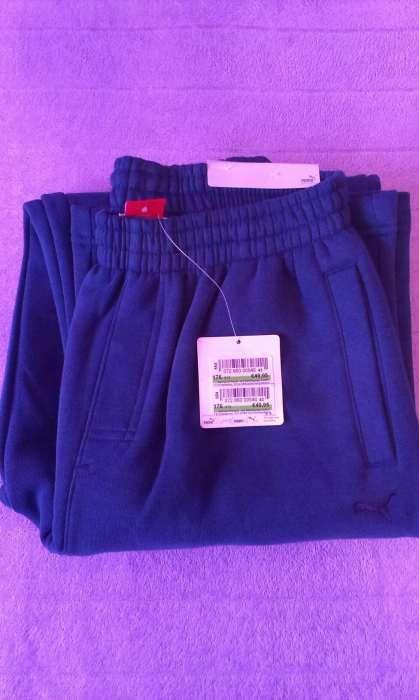 Vând pantaloni Puma Originali