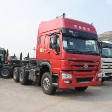 sinotrak howo type tractor truck em promocao