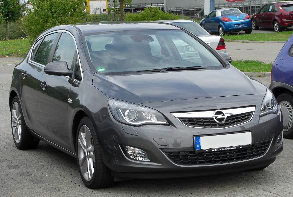 Opel Astra J 2011 на части